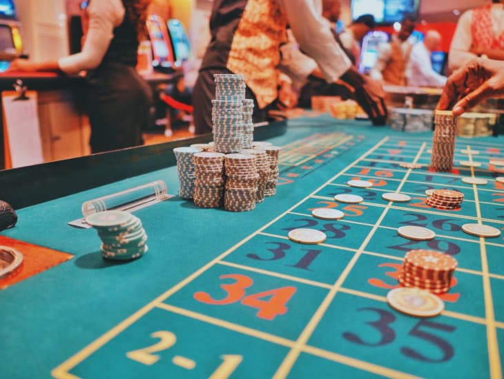 What are US online casino bonuses